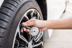 Low Tire Pressure >> Signs Of Low Tire Pressure Fl Daytona Toyota